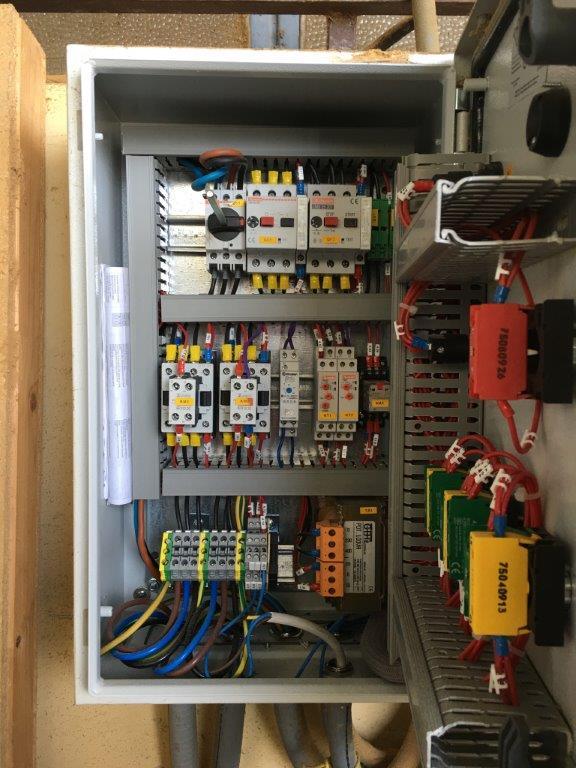 Schema Elettrico Quadro : Molino frantumatore 32 u2013 quadro elettrico e schema u2013 consulgest