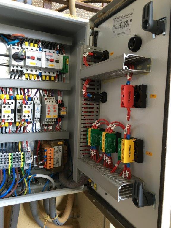 Schema Elettrico Quadro : Molino frantumatore 33 u2013 quadro elettrico e schema u2013 consulgest