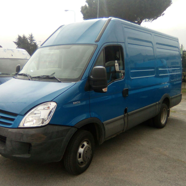 iveco daily  (2)