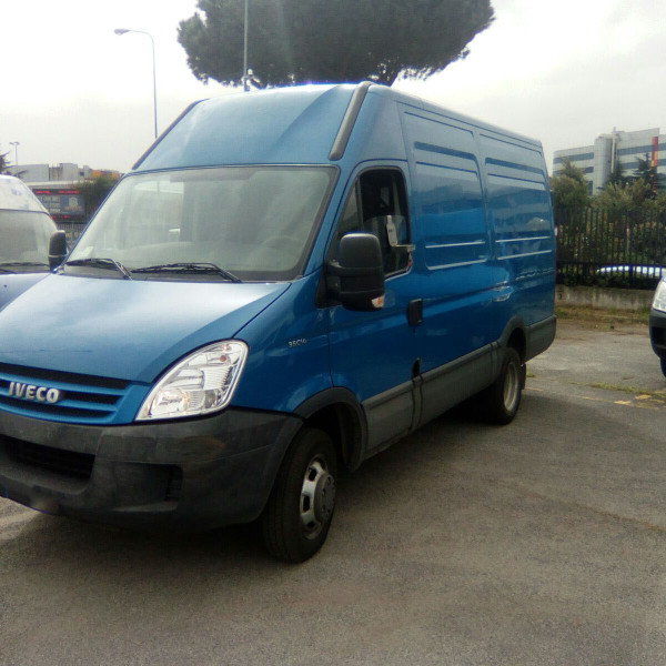 iveco daily  (3)
