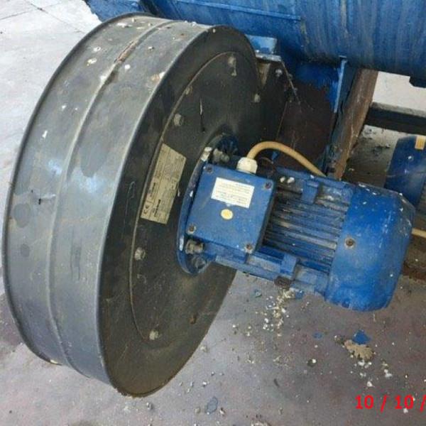 Beni (8) 2 Generatore di vapore
